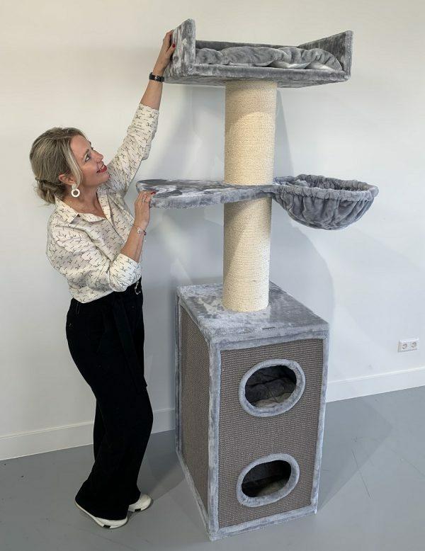 Krabpaal Maine Coon Tower Box Comfort Light Grey