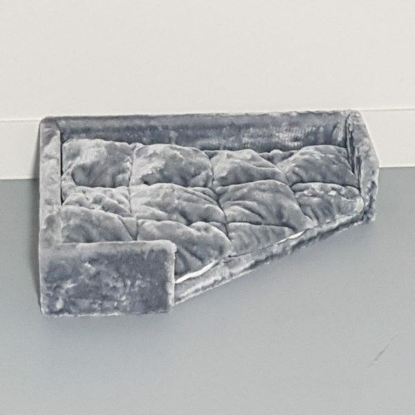 Driehoekige ligbak - Corner Coon - Light Grey